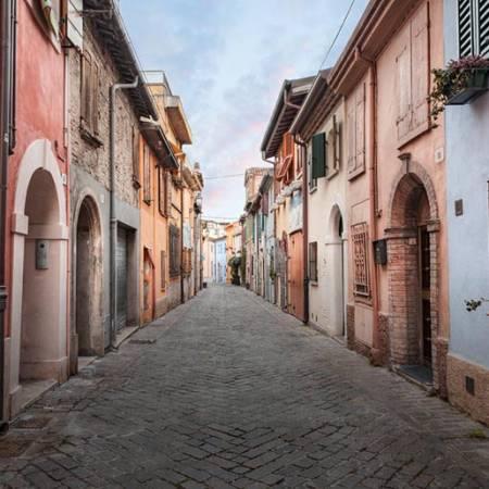 На исследование средневековых городков