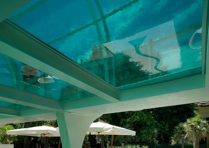 Hotel Riccione piscina sospesa