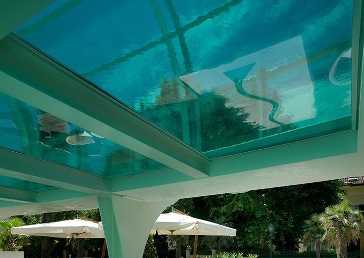 Hotel con piscina riscaldata a Riccione sospesa Albergo 4 ...